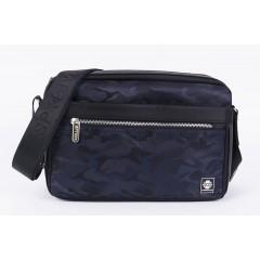 時尚-翻玩迷彩側背包 /斜背包 【S1779】藍色迷彩